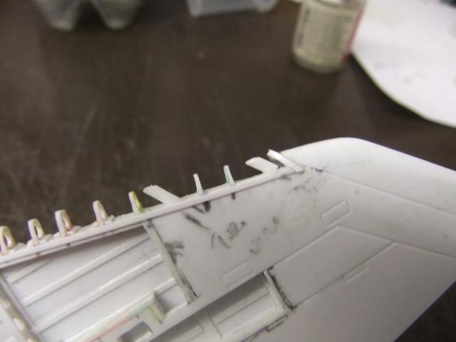 2 x CF-105 ARROW 'd'HOBBYCRAFT 1/48 avec quelque modification +Hanguar FFM+Hanguar de lancement des Bomarc - Page 13 Dscf7072