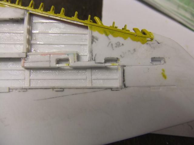 2 x CF-105 ARROW 'd'HOBBYCRAFT 1/48 avec quelque modification +Hanguar FFM+Hanguar de lancement des Bomarc - Page 13 Dscf7077
