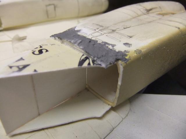 Le ROCKWELL B-1A 'PROTOTYPE ' de REVELL avec quelque modification ! - Page 12 Dscf7258