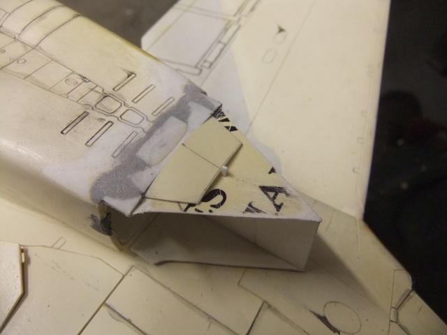 Le ROCKWELL B-1A 'PROTOTYPE ' de REVELL avec quelque modification ! - Page 12 Dscf7378