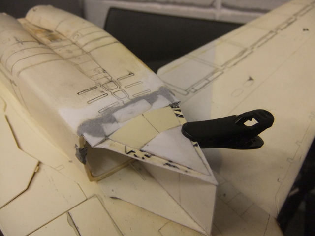 Le ROCKWELL B-1A 'PROTOTYPE ' de REVELL avec quelque modification ! - Page 12 Dscf7381