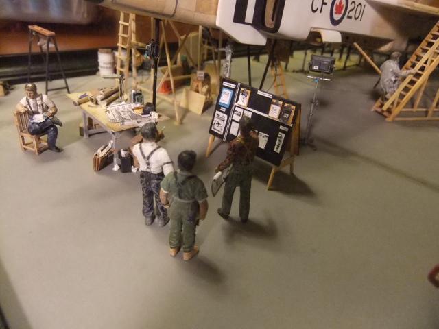 2 x CF-105 ARROW 'd'HOBBYCRAFT 1/48 avec quelque modification +Hanguar FFM+Hanguar de lancement des Bomarc - Page 13 Dscf7468