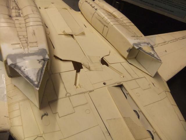 Le ROCKWELL B-1A 'PROTOTYPE ' de REVELL avec quelque modification ! - Page 12 Dscf7564