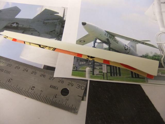 2 x CF-105 ARROW 'd'HOBBYCRAFT 1/48 avec quelque modification +Hanguar FFM+Hanguar de lancement des Bomarc - Page 13 Dscf7834