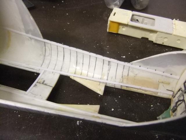Le ROCKWELL B-1A 'PROTOTYPE ' de REVELL avec quelque modification ! - Page 12 Dscf8142