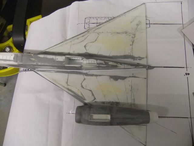 2 x CF-105 ARROW 'd'HOBBYCRAFT 1/48 avec quelque modification +Hanguar FFM+Hanguar de lancement des Bomarc - Page 13 Dscf8252