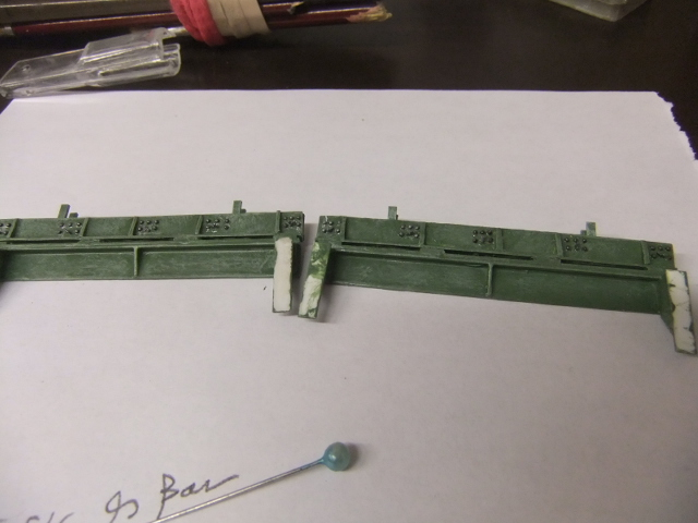 2 x CF-105 ARROW 'd'HOBBYCRAFT 1/48 avec quelque modification +Hanguar FFM+Hanguar de lancement des Bomarc - Page 13 Dscf8254