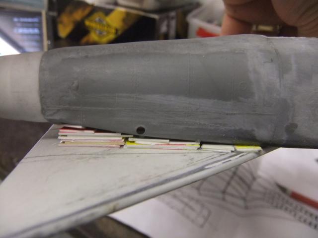 2 x CF-105 ARROW 'd'HOBBYCRAFT 1/48 avec quelque modification +Hanguar FFM+Hanguar de lancement des Bomarc - Page 13 Dscf8482