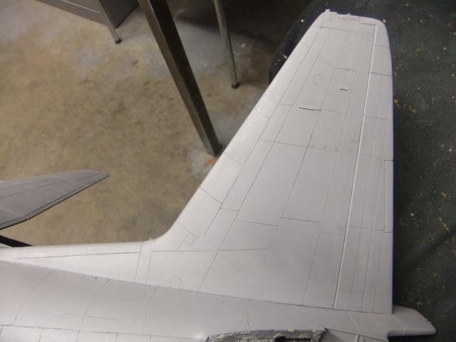 2 x C-130 HERCULE au 1/48ieme ! - Page 8 Dscf9173