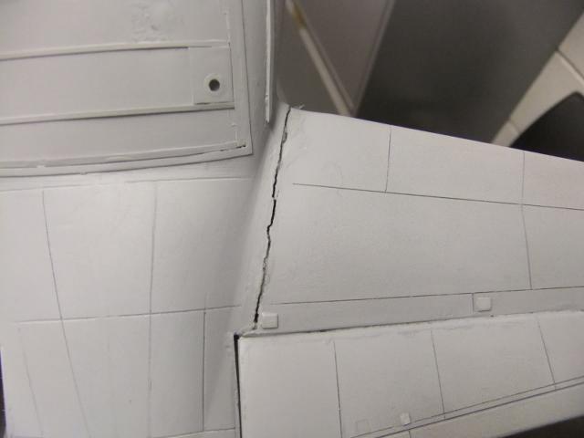 2 x C-130 HERCULE au 1/48ieme ! - Page 8 Dscf9308