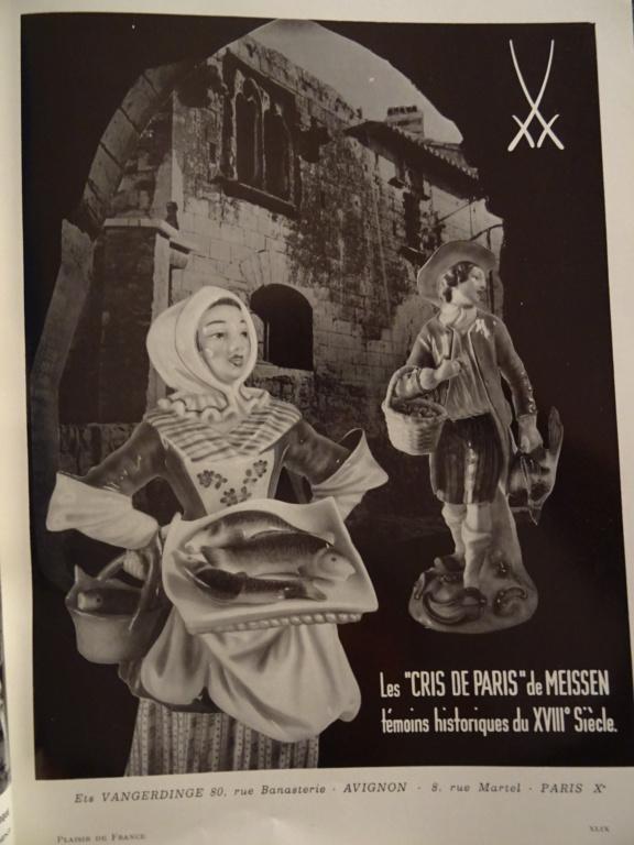 Paire de statuettes figurant les Muses Thalie Masque ? E/A Muller Allemagne? Vers 1900 ?  Dsc00810