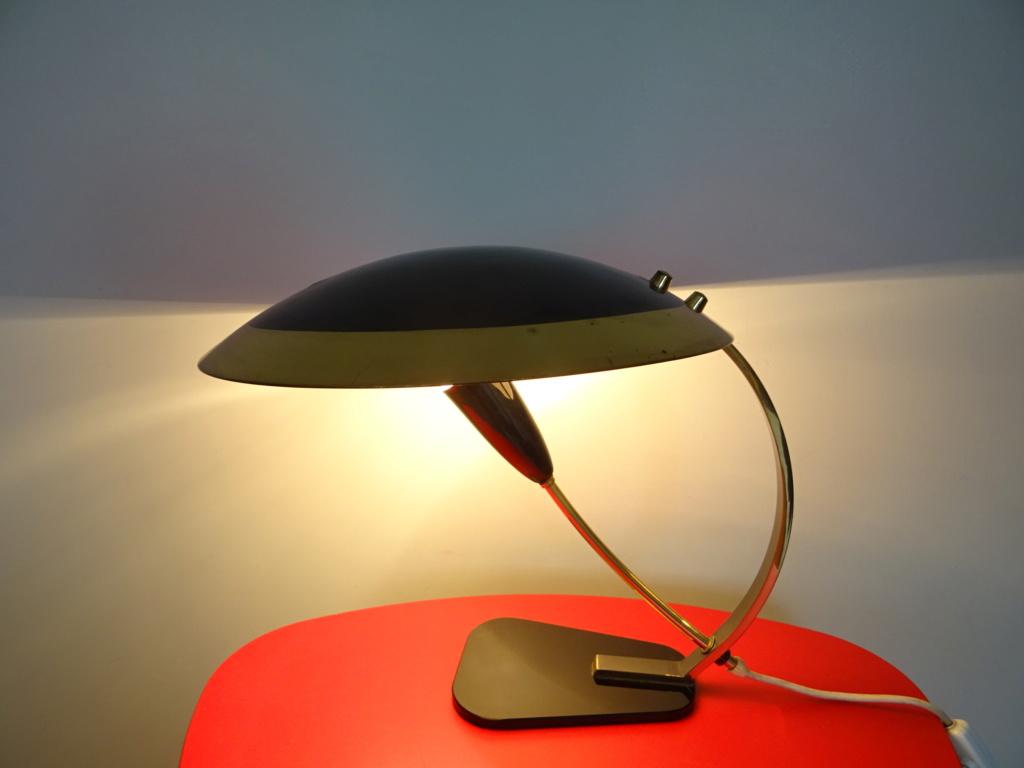 lampe noir et doré Dsc09910