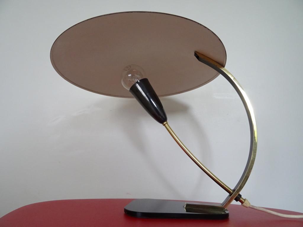 lampe noir et doré Dsc09911