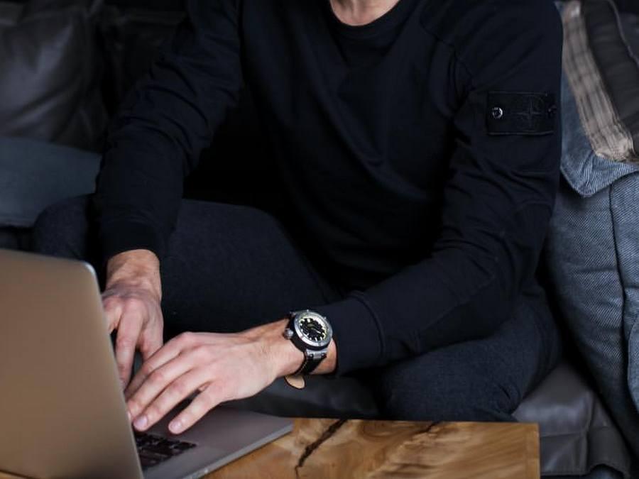 BUYALOV Watches ... lancement prochain Rr01_810