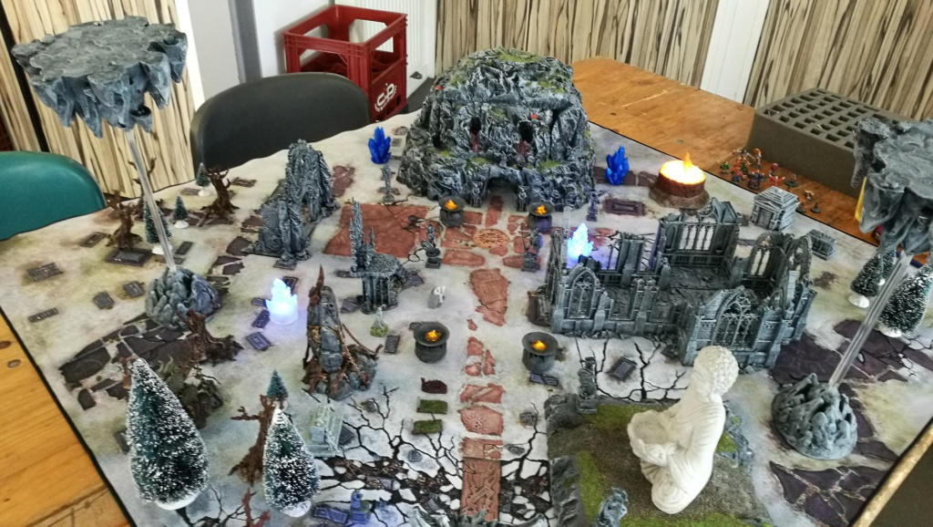 Quelques photos de nos tables Frostgrave Img_2048