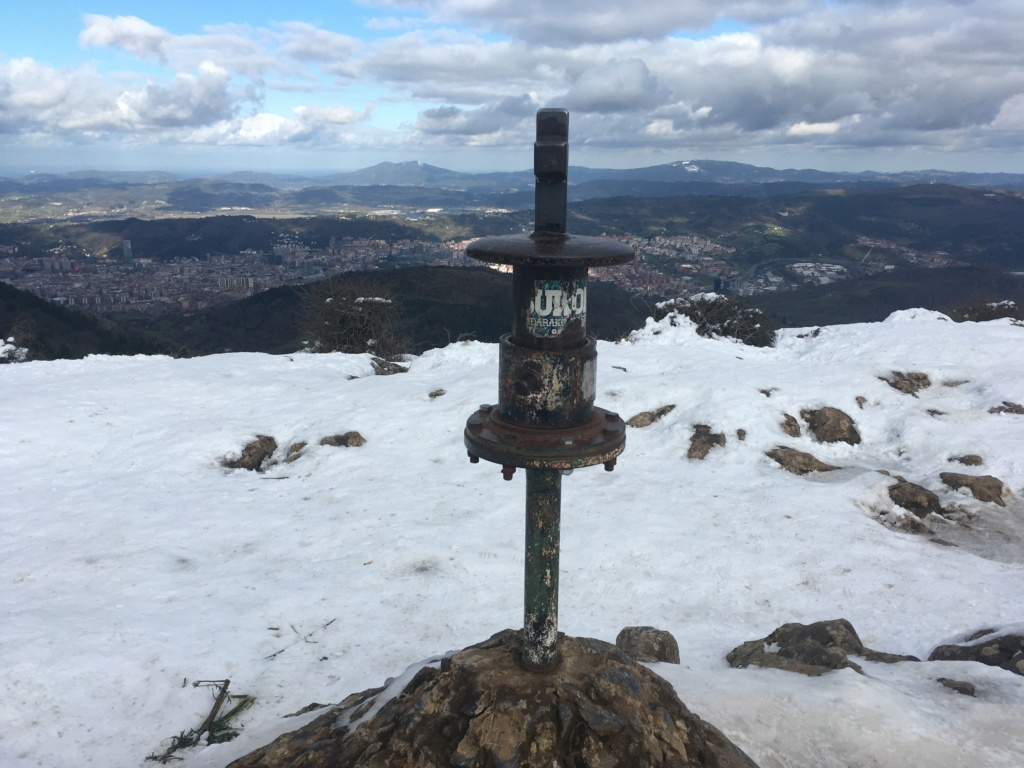 Topic:Deportes de Montaña..Escalada, Senderismo,Barranquismo....... - Página 14 51e31410