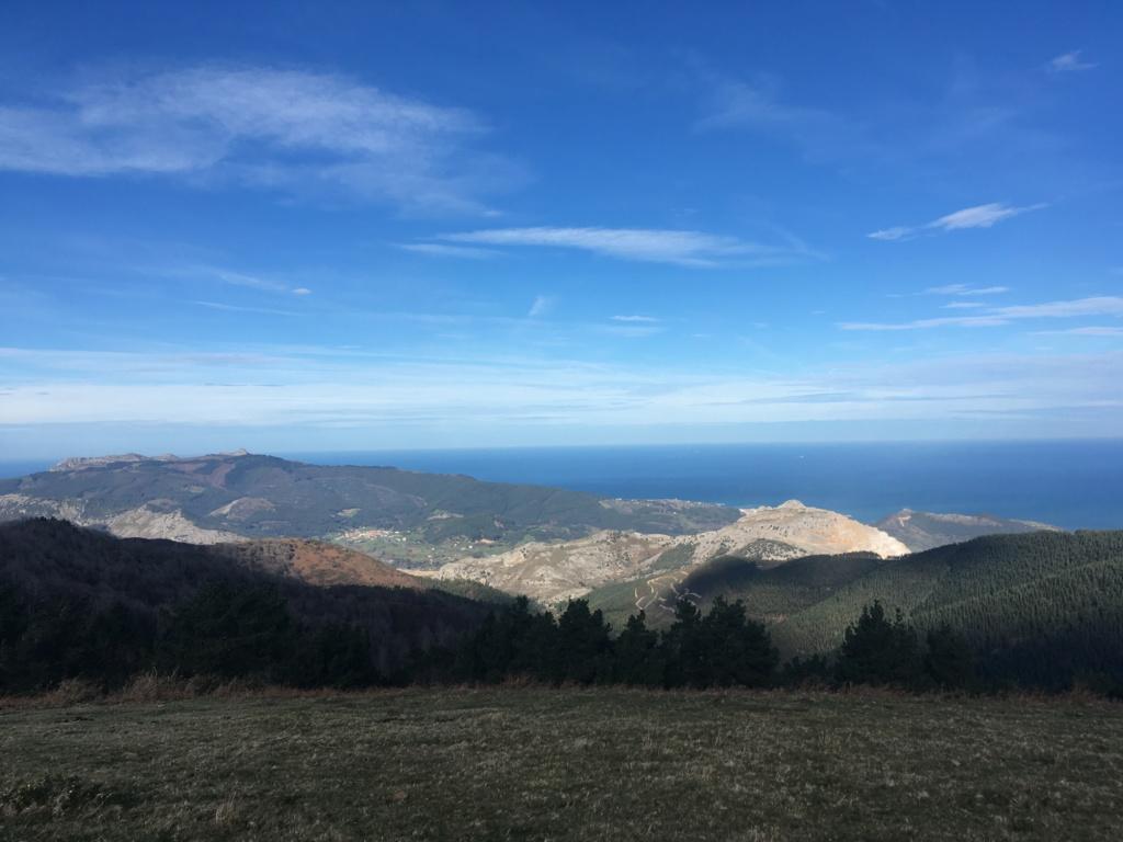 Topic:Deportes de Montaña..Escalada, Senderismo,Barranquismo....... - Página 5 B89ce010