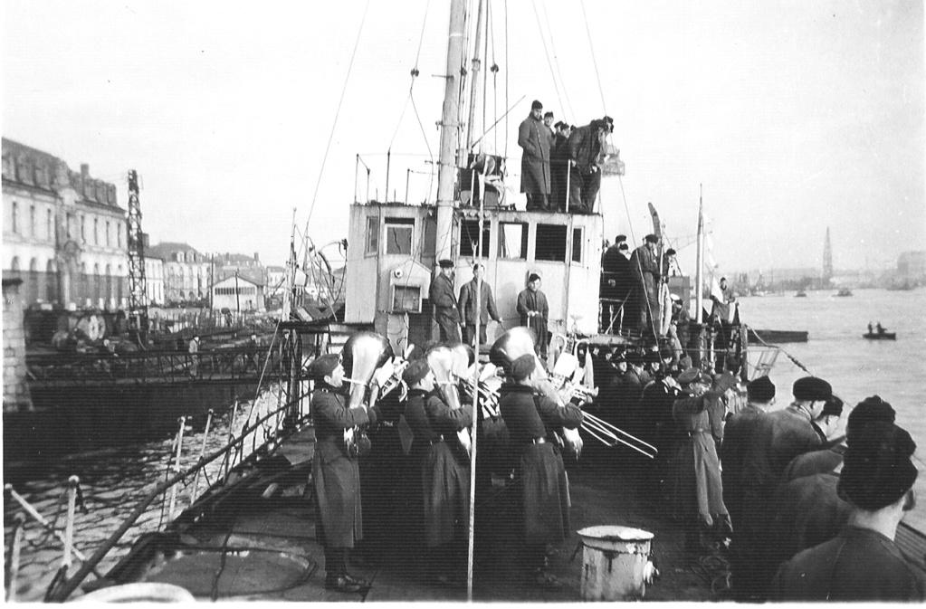 Devinette : la fin merdique d'un U-Boot  Fanfar10