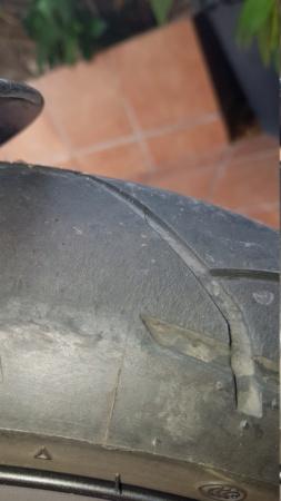 Desgaste anormal en Dunlop trailmax 20180911