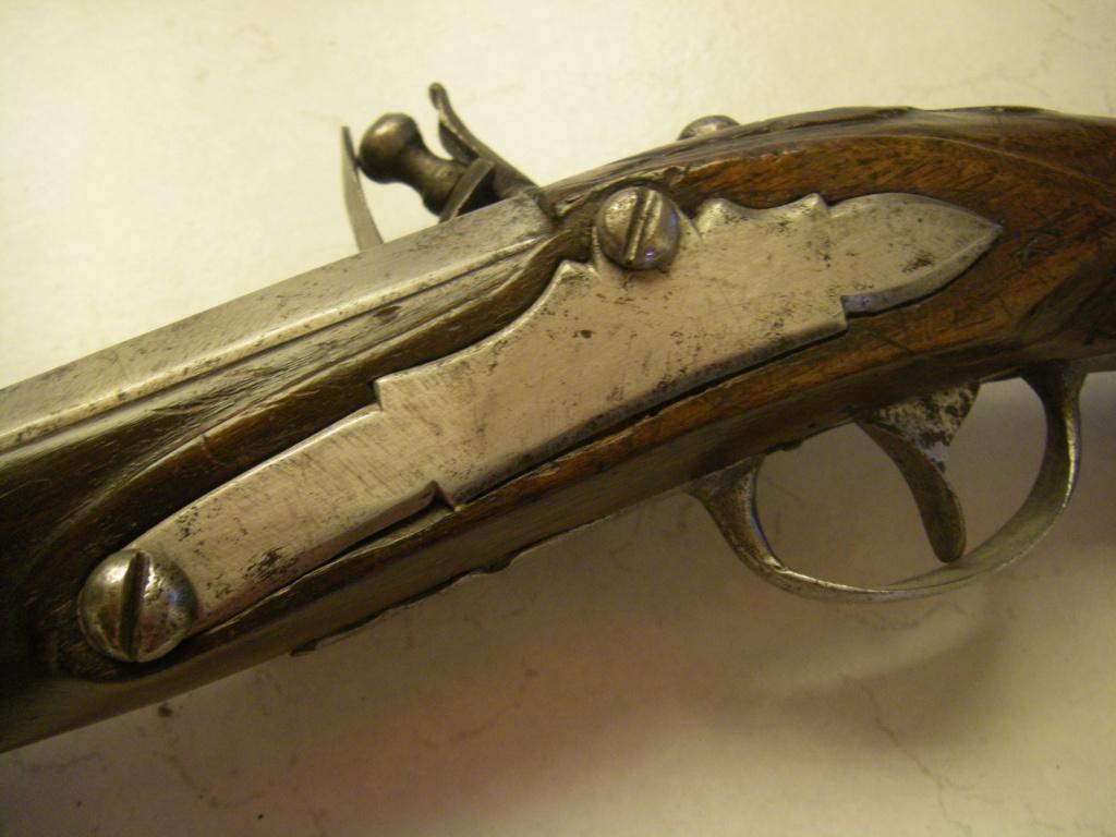 identification pistolet à silex prussien allemand autrichien ? sans baguette Imgp8916