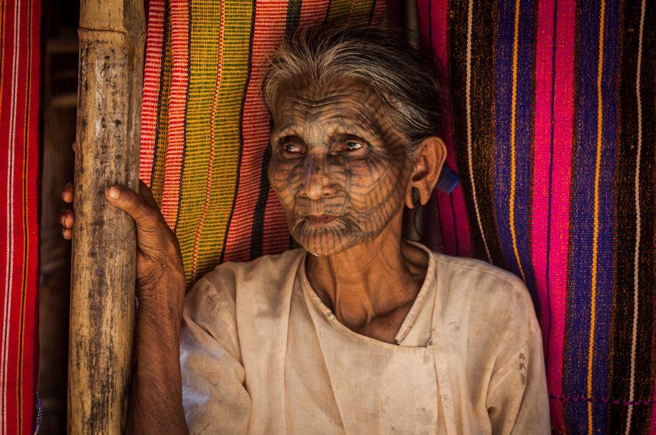 Rites et symbolique du tatouage Tribes10
