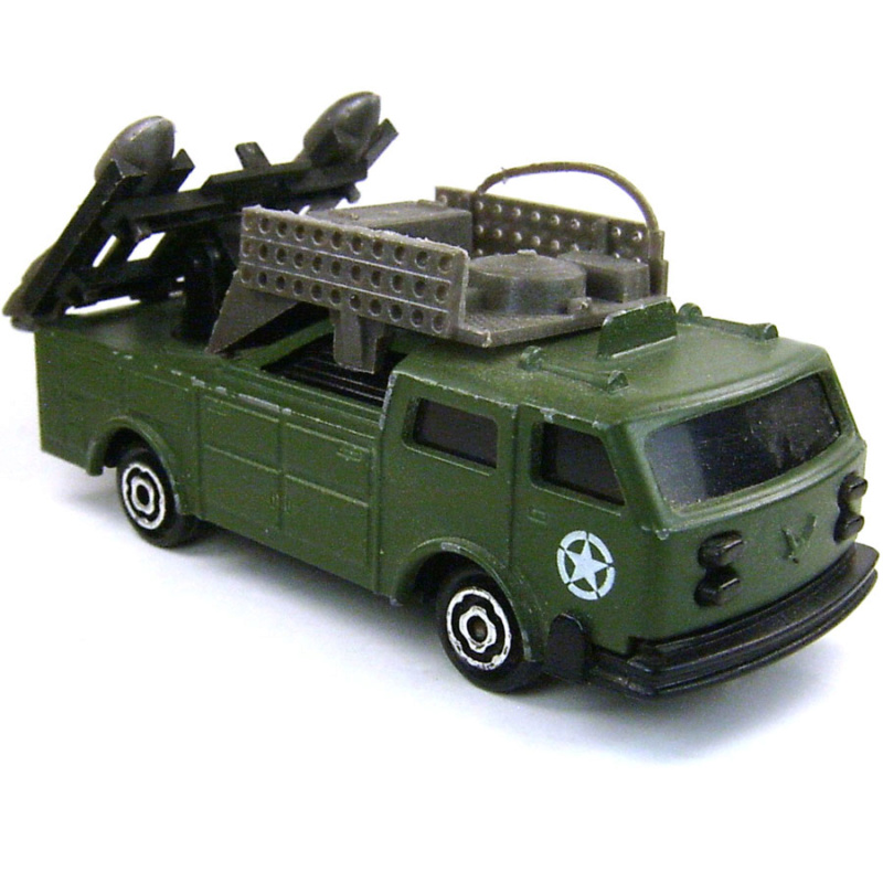 N°220-2 Camion lance missiles , Missile launcher. 3410