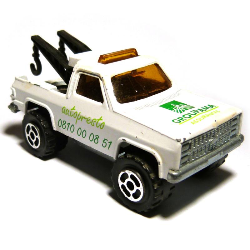 N°228 Chevrolet Blazer dépanneuse 4110