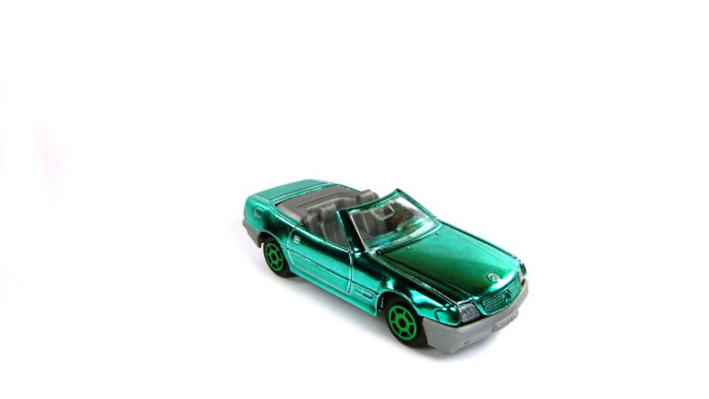 N°260 Mercedes 500 SL P1050110
