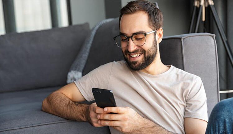 كيفية التحكم في هاتفك الأندرويد من خلال تعبير الوجه D983d912