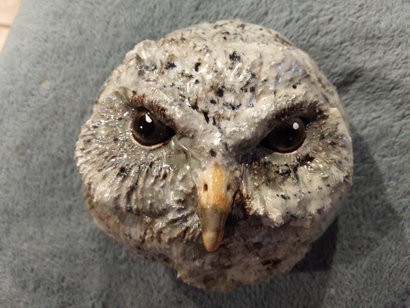 ID my pottery owl Img_2010