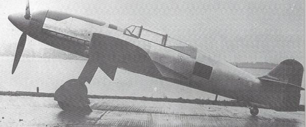 [ Aéronavale divers ] Quel est cet aéronef ? - Page 8 Avion12