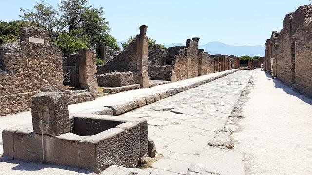 Une grand bond dans l'histoire en Italie Pompei53