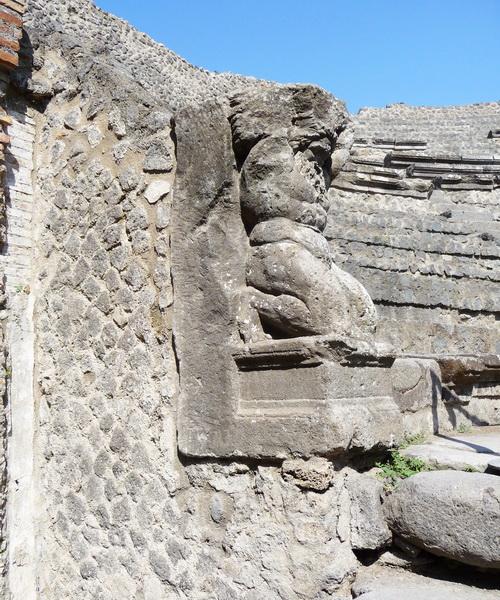 Une grand bond dans l'histoire en Italie Pompei71