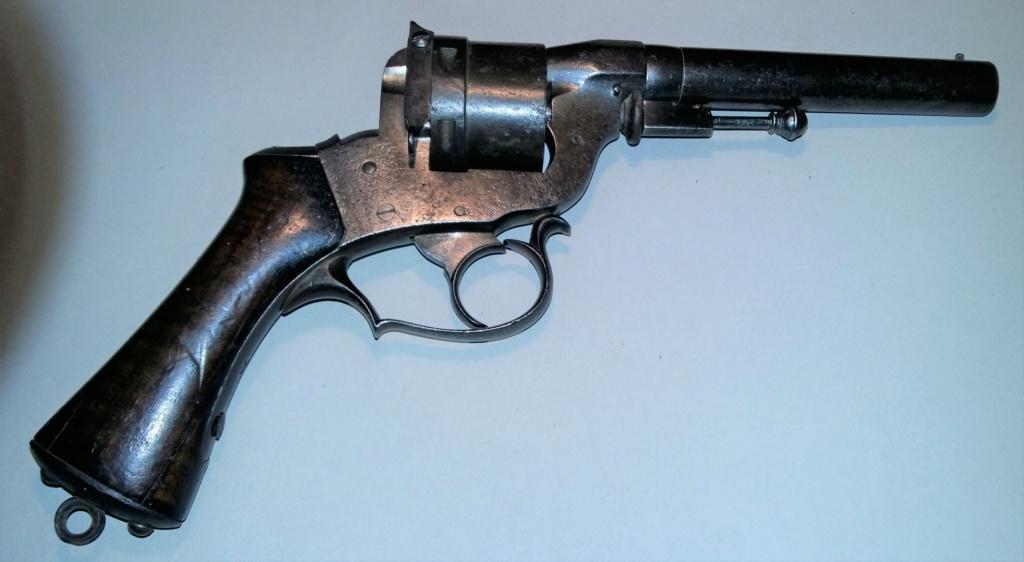 Une belle arme, le REVOLER PERRIN modèle 1859 trouvé chez un copain ! 20190310
