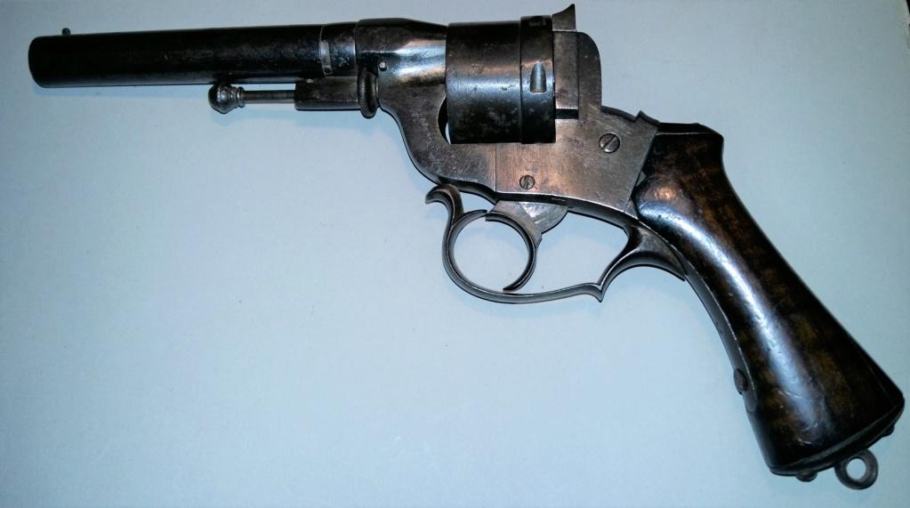 Une belle arme, le REVOLER PERRIN modèle 1859 trouvé chez un copain ! 20190312