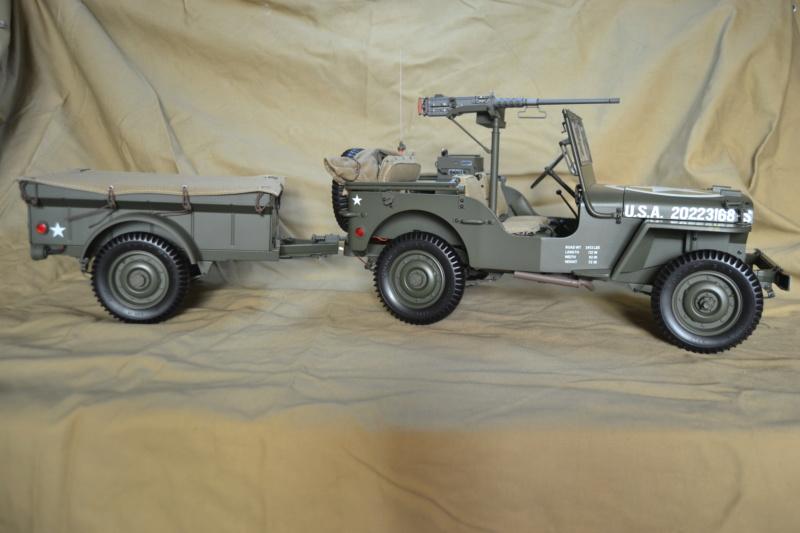 Jeep 1/8 eme Hachette collection enfin terminée !!!! Dsc_0511