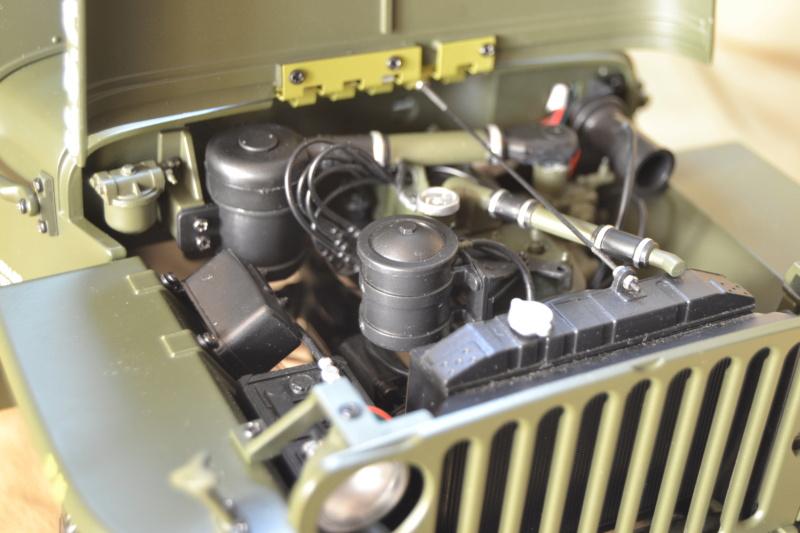 Jeep 1/8 eme Hachette collection enfin terminée !!!! Dsc_0514
