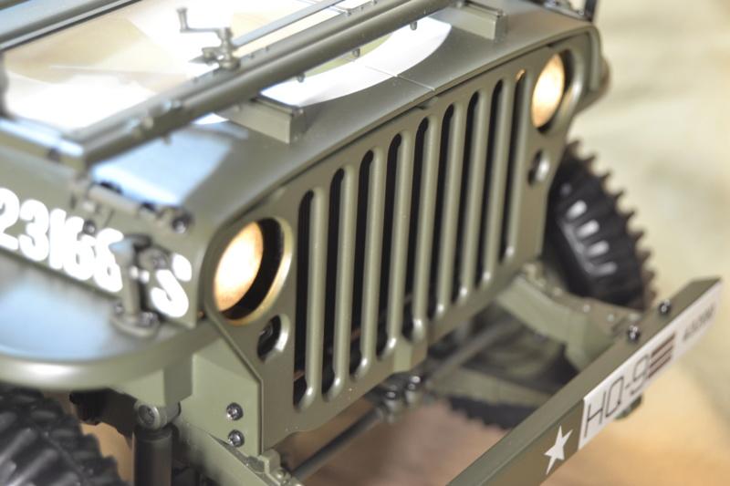 Jeep 1/8 eme Hachette collection enfin terminée !!!! Dsc_0520