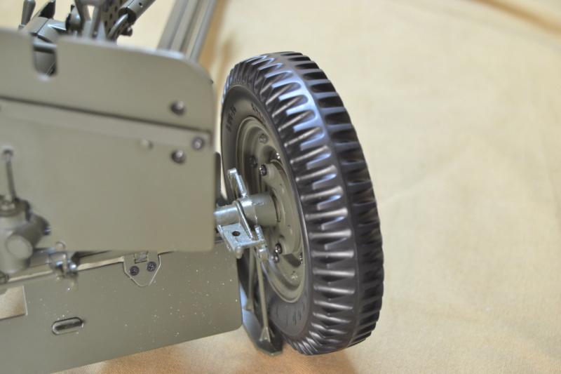 Jeep 1/8 eme Hachette collection enfin terminée !!!! Dsc_0612