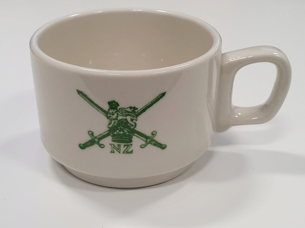 NZ Army cups - how many different styles? 20190711