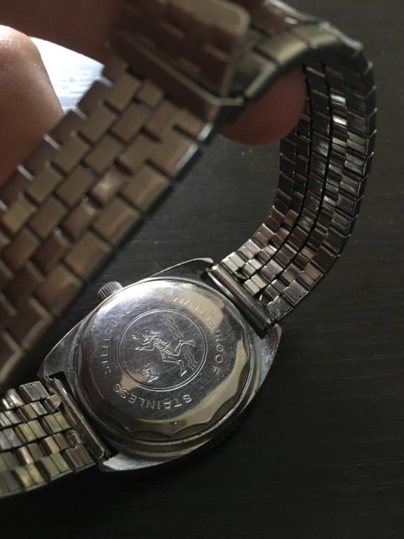 ZENITH -  [Postez ICI les demandes d'IDENTIFICATION et RENSEIGNEMENTS de vos montres] - Page 28 C85bde10