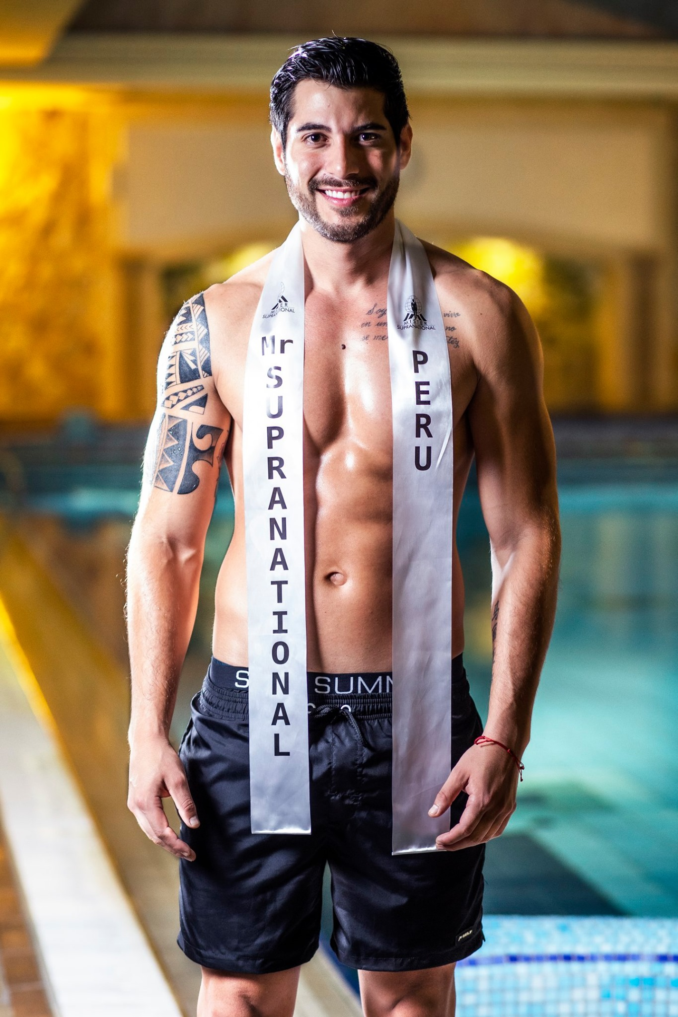 Round 34th : Mister Supranational 2019 0014