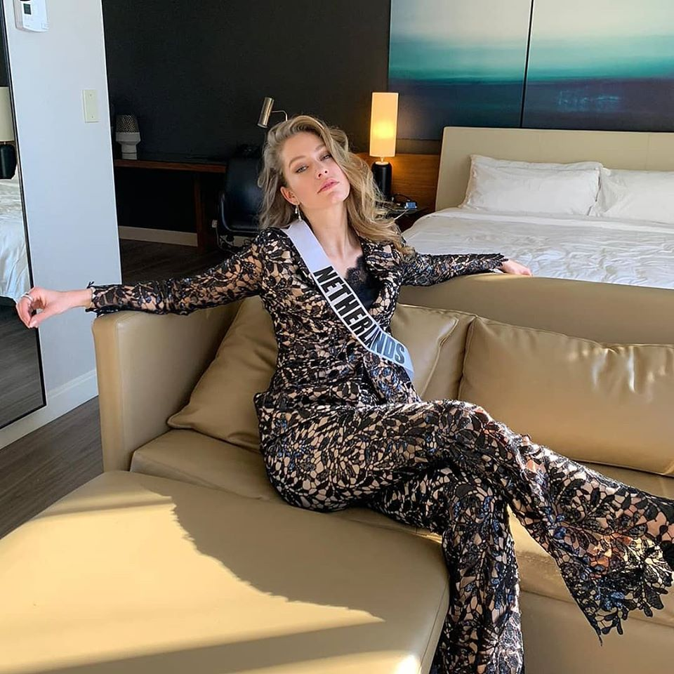 MISS UNIVERSE 2019 - OFFICIAL COVERAGE  - Page 13 78779111