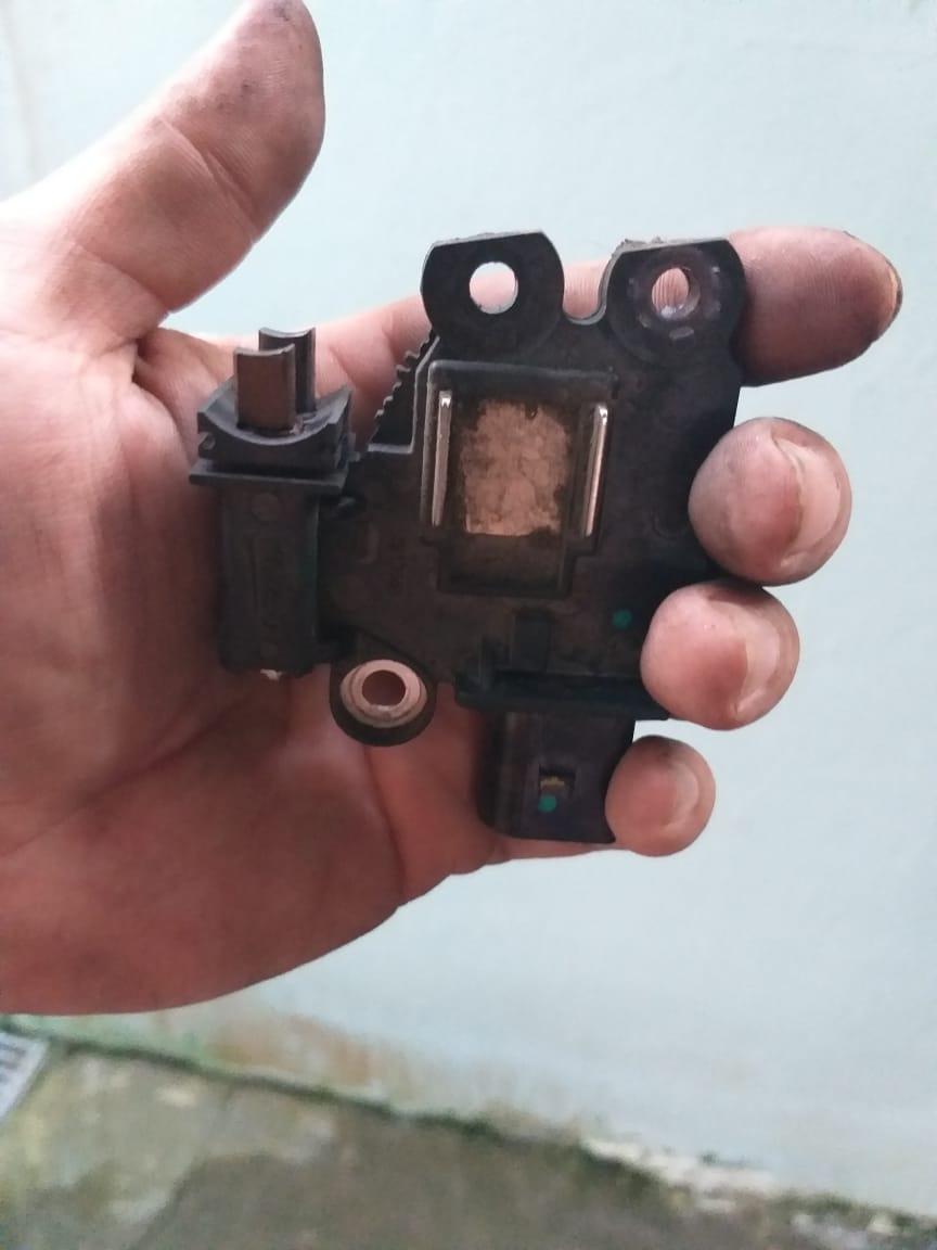 Oscilação das luzes ao ligar o ar condicionado Img-2012