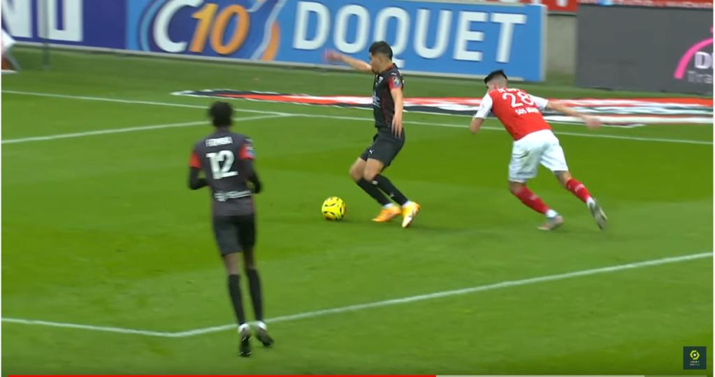 J11 : Le match Reims 0-1 Nîmes - Page 4 P112