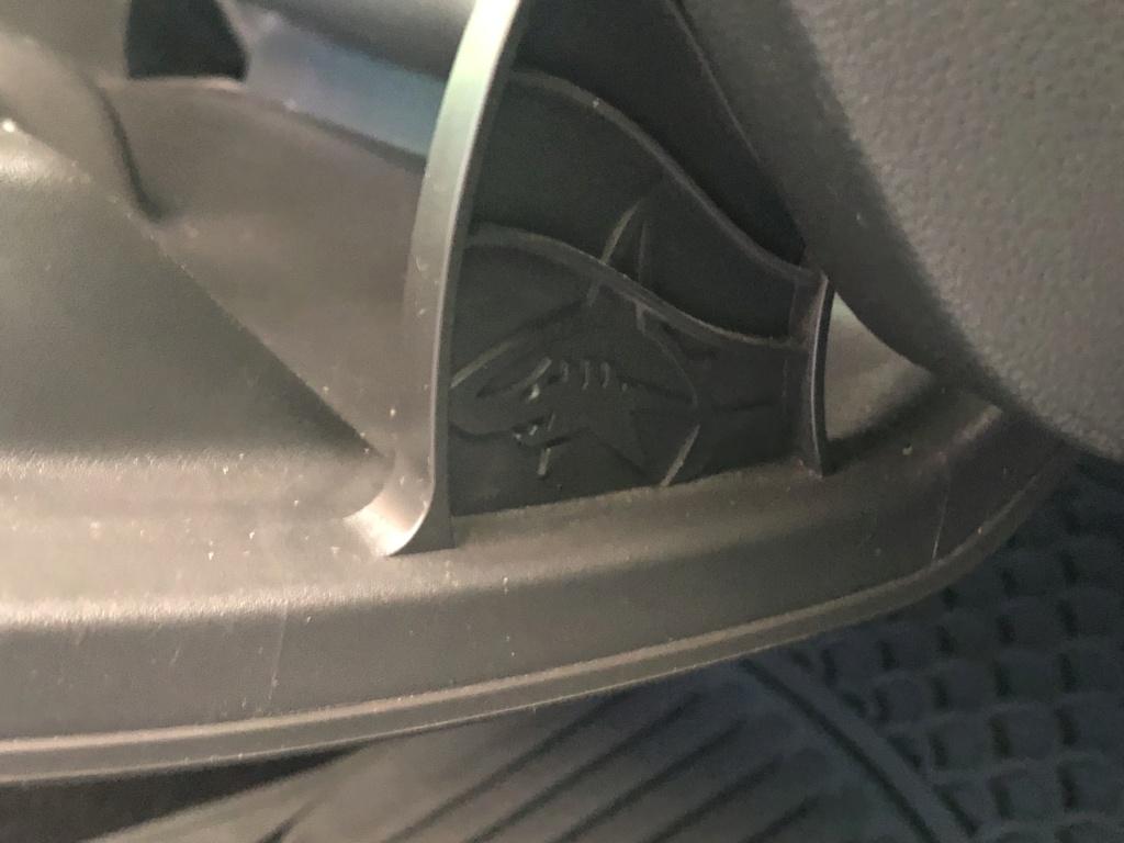 Tiburon escondido en nuestros coches 6deaaa10