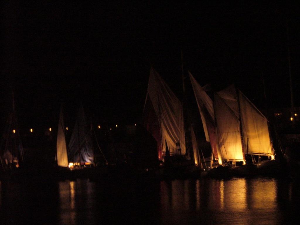 [VIE DES PORTS] Quelques bateaux de pêche (sur nos côtes Françaises) - Page 12 P1000113