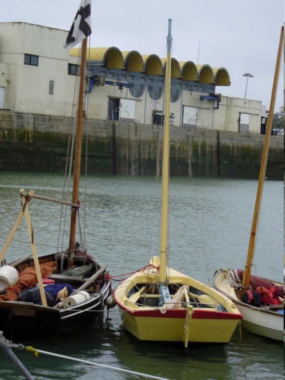 [VIE DES PORTS] Quelques bateaux de pêche (sur nos côtes Françaises) - Page 12 P1000114