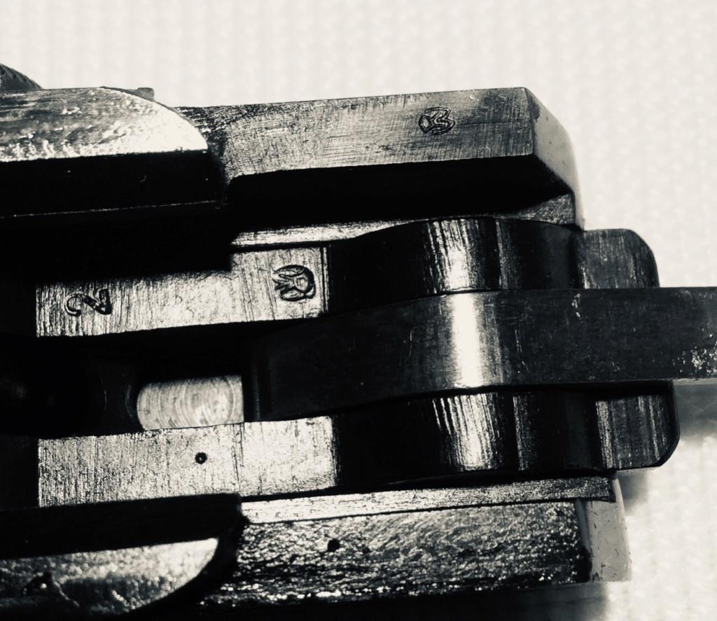 Réflexions sur la production de pistolets Luger P 08, par Mauser, en 1945-1946. - Page 7 Feb2be10