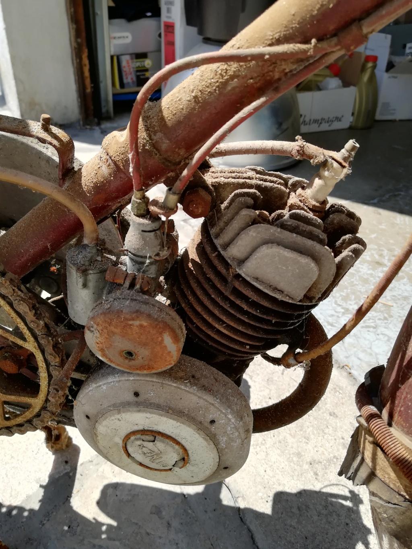 Cyclomoteur REXOR Moteur10